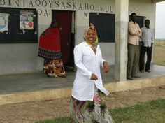 Community health worker Foos Muhumed Gudaal treats kids for malaria, respiratory infections and diarrhea at her post in the village of Walgo...