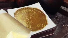 A Firenze da 500 anni fioriscono le foglie d'oro firmate Manetti - L'oro oltre ai restauri di antiquariato viene usato anche in cucina,ricordo il famoso risotto di Marchesi,l'oro non ha nessun sapore,ma da poco tempo hanno studiato 3 gusti ,tartufo vaniglia e