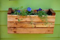How to attach window boxes