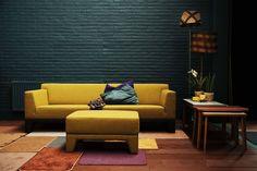 Gele designbank Pode Cubb. De Pode Cubb bank heeft een strakke uitstraling die in elk interieur past.