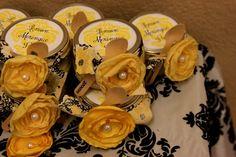 Desserts in Mason Jars for a Bridal Shower #bridalshower #partyfavors