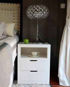 Teen Room Decor, Home Decor Bedroom, Side Tables Bedroom, Small Modern Home, Bedroom Night Stands, Aesthetic Rooms, Fashion Room, Home Decor Furniture, New Room