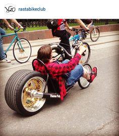 Viciideas. Cool Bicycles, Cool Bikes, Drift Kart, Estilo Gangster, Stunt Bike, Motorised Bike, Futuristic Motorcycle, Drift Trike, Lowrider Bike