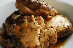 Checkout this Crock Pot Beer Chicken Recipe at LaaLoosh.com! The perfect, easy low calorie crock pot recipe that makes preparing a Weight Watchers dinner a snap.