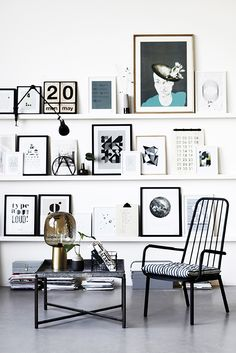 #GalleryWallInspo Love the use of shelves