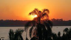 Pôr do Sol no Paradise Golf Resort. Com os dias tão lindos, aproveitei todo o final de tarde para andar perto da água da represa e fotografar as belas cores do céu que foram diferentes cada dia.
