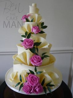 Pink roses and chocolate ruffles. Pretty Wedding Cakes, Elegant Wedding Cakes, Beautiful Wedding Cakes, Pretty Cakes, Beautiful Cakes, Amazing Cakes, Elegant Cakes, Casual Wedding, Purple Wedding