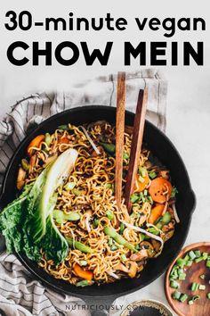 Quick Vegan Meals, Easy Vegan Dinner, Best Vegan Recipes, Vegan Dinner Recipes, Vegan Dinners, Asian Recipes, Healthy Recipes, Vegan Tomato Soup, Vegan Pasta