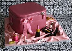 Make up bag cake Lemon butter cake with lemon curd and french vanilla buttercream. Pretty Cakes, Beautiful Cakes, Amazing Cakes, Cake Mix Cookie Recipes, Cake Mix Cookies, Make Up Cake, Love Cake, Cupcakes, Cupcake Cakes
