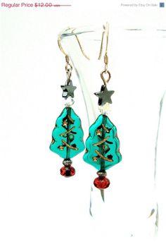 ON SALE Beaded Christmas tree earrings - Christmas jewelry - holiday jewelry - Christmas earrings By Sparkle City Jewelry