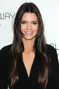 """Kendall Jenner: """"Harry Styles and I just friends"""" Harry Styles is """"cool"""", but the One Direction member and Kendall Jenner are """"just good friends"""" reacted to the 18 year old sister of Kim Kardashian on the r...Read More"""