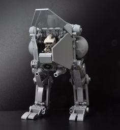 Redesigning Star Wars Coolest Vehicles (Using LEGO) - Vein Tutorial and Ideas Star Wars Fun, Lego Star Wars Minifiguren, Lego Stormtrooper, Lego Mechs, Lego Bionicle, Star Wars Luke Skywalker, Obi Wan, Legos, Micro Lego
