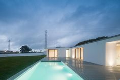 GANDRA HOUSE by Raulino Silva Arquitecto