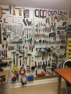 Este painel de garagem que é o sonho de todo mundo que ama ferramentas.