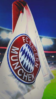 Football Tops, Football Players, Fc Hollywood, Bayern Munich Wallpapers, Germany Football, Fc Bayern Munich, Lewandowski, Birthdays, Soccer