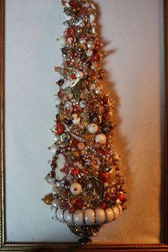 Vintage Framed Costume Jewelry Christmas Tree Gold Peach on Soft Cream Velvet   eBay