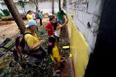 Mão na massa do jogo Oasis é indicado como bom programa na coluna Cidade das Crianças da Veja São Paulo - fotos do GVT na Praça Santo Amaro.