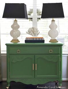 Looking for the perfect paint color for a furniture revamp? Look no further as we're sharing 16 of the best paint colors for furniture with quick tips. Paint Furniture, Furniture Makeover, Living Room Furniture, Antique Furniture, Green Painted Furniture, Silver Furniture, Furniture Projects, Furniture Design, Diy Projects