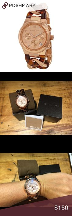 Michael Kors 4269 Rose Gold Twist Chain Watch Brand new with tag/box, never been used, MK 4269 Rose gold-tone stainless steel case with a tortoise-shell and horn acetate twist bracelet. Minute markers around the outer rim. Dial Type: Analog. Date display between 4 and 5 o'clock positions. Scratch resistant mineral crystal. Solid case back. Case diameter: 38 mm. Case thickness: 12 mm. Round case shape. Band width: 18 mm. Water resistant at 50 meters / 165 feet. Functions: chronograph, date…