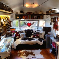 Sometimes I wished I lived in an airstream, homemade curtains, and lives just like a gypsy.