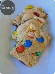 Mom's Test Kitchen: M&M Cookie Bars