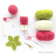 Erna va tomando forma  Patrón de @lalylaland  Hilo: Mississipi 3 de Katia #amigurumi #Lalylala #lalylaland #lalylalaerna #amano #artesanal #artesania #bhooked #craft #crafter #craftastherapy #diy #ganchillo #handmade #hechoamano #hallazgosemanal #whp #instagram #instacrochet #katiayarns #muñeca #primavera #tejer #tejiendo #craftastherapy_bitsandbobs by la_crocheteria