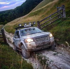 Freelander 2, Land Rover Freelander, Jeep Pickup, Suv Cars, Canopy Outdoor, Offroad, Dream Cars, 4x4, Toyota