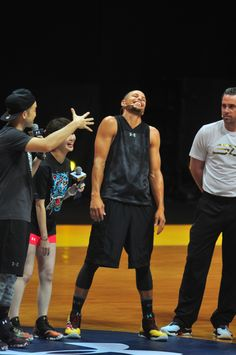 fe4b8b0b7b71 Stephen curry in Taipei replay the final 5 seconds