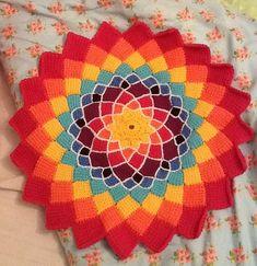 Ravelry: Sunny Daze Tunisian Entrelac pattern by Laura Pavy