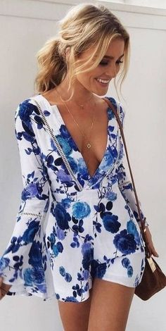 Playsuits are great to travel with. Dress it up or down. | What to wear on Vacation: 50 Great Outfit Ideas