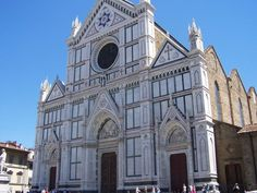 Sante Croce - where Michaelangelo, Galileo and Mussolini are buried