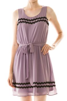 Embroidered Detail Sleeveless Chiffon Dress