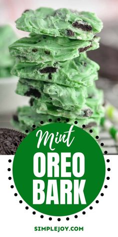Mint Oreo Bark is my husband's absolute favorite holiday treat. It is only four ingredients and is always the first to go on dessert plates! Candy Recipes, Baking Recipes, Holiday Recipes, Great Recipes, Dessert Recipes, Favorite Recipes, Kid Recipes, Holiday Treats, Christmas Recipes