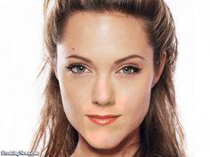 http://www.freakingnews.com/pictures/36000/Angelina-Jolie-Jennifer-Aniston--36002.jpg