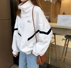 Clothes Black And White Cheap Nike Super Ideas Sporty Outfits, Mode Outfits, Korean Outfits, Retro Outfits, Trendy Outfits, Fashion Outfits, Fashion Tips, Sporty Fashion, Sporty Chic