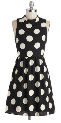 Absolutely love this!  Pair with a bright yellow sweater and black patent pumps!