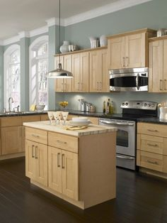 Maple Kitchen Cabinets And Wall Color Remodel Idea