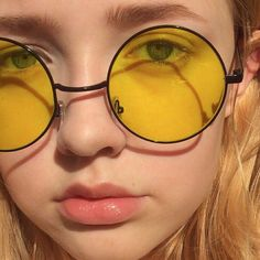Most Popular Aesthetic Photography Yellow 23 Ideas Applis Photo, Aesthetic Colors, Aesthetic Yellow, Aesthetic Girl, Aesthetic Quote, Aesthetic Pastel, Aesthetic Vintage, Festival Looks, Mellow Yellow