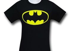 Skulking around in the shadows can get cold why not try the Batman Long-Sleeve Symbol T-Shirt! Gotta keep warm while maintaining your Batman look. Buy now! Batman Shirt, Batman Logo, Superhero Logos, Batman Merchandise, Bat Symbol, Black Batman, Super Hero Costumes, T Shirt Costumes, Tshirts Online