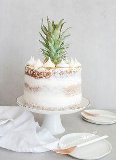 Easy pineapple upside down layer cake recipe - My Style - Best Cake Recipes Pineapple Upside Down Cake, Pineapple Cake, Pineapple Layer Cake Recipe, Vegan Wedding Cake, Pistachio Cake, Layer Cake Recipes, Bowl Cake, Star Cakes, Zucchini Cake
