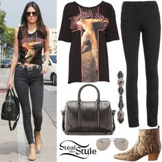 Kendall Jenner leaving Urth Caffe with friends. July 8, 2015 - photo: FameFlynet