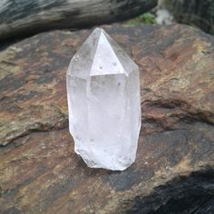 Quartz Crystal Point ~   Size ~ 43mms × 21mms   Weight ~ 28 grams   Faceted Sides   Perfect size for jewelry , wire wrapping, terrariums , meditation or enjoying it's beauty just the way it is 😊  All pictures are taken in natural light  You can find this beauty and so much more at PonoJewelry.Etsy.com   Link to our Etsy Shop is on our Pinterest Page