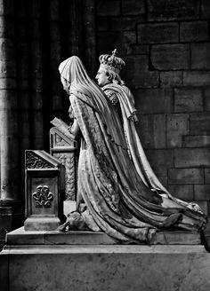 ~Saint-Denis, France~ Louis XVI and Marie-Antoinette - Necropolis of the French kings, Basilique de St-Denis (France)