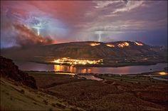 Lightning strikes spark more Washington wildfires