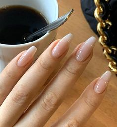 Simple Acrylic Nails, Almond Acrylic Nails, Best Acrylic Nails, Almond Nails, Classy Nails, Stylish Nails, Trendy Nails, Romantic Nails, Acylic Nails