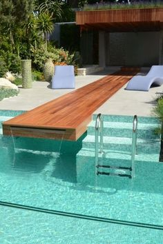 #zwembad #swimming #pool #waterval #duikplank #wood #hout #design #www.leemconcepts.nl