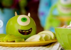 I did a simpler version of this for Marky's party, I've never seen apples as party food be such a hit!