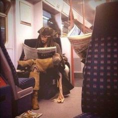 Johnny Depp bein awesome on a subway