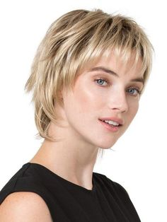 Hair Growth Tips. Hair Care Tips That Will Help You Out. Anyone can have great hair. There are lots of different things you have to overcome in order to get the best looking hair. Short Shag Hairstyles, Crown Hairstyles, Bob Haircuts, Platinum Hair Color, Platinum Blonde, Curly Hair Styles, Natural Hair Styles, Monofilament Wigs, Choppy Hair
