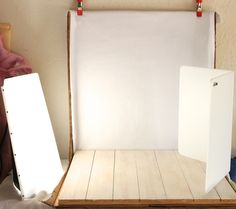 Behind The Scenes ~ Building Your Own Inexpensive Food Photography Studio! http://wholelifestylenutrition.com/articles/behind-the-scenes-building-your-own-inexpensive-studio-for-your-food-photography/